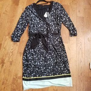 👗LE CHATEAU WRAP DRESS